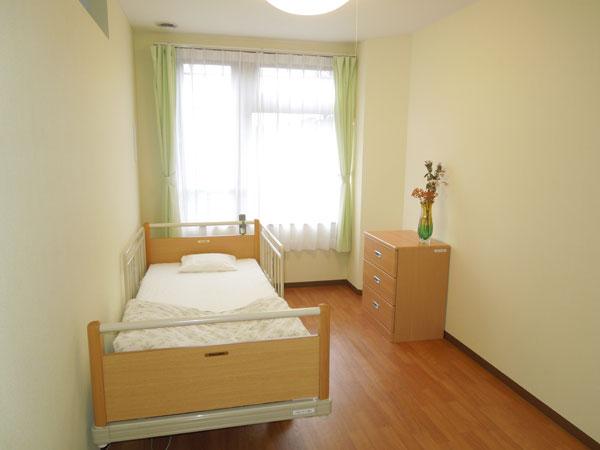 宿泊の際はこちらの居室で